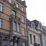 pretty apartments that face the Parliament buildings