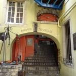 in the Passage Du Palais