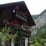 Hallstatt - beautiful houses everywhere