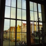 Tour of Osna - looking out into the square