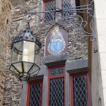 Burg Eltz - inside the courtyard